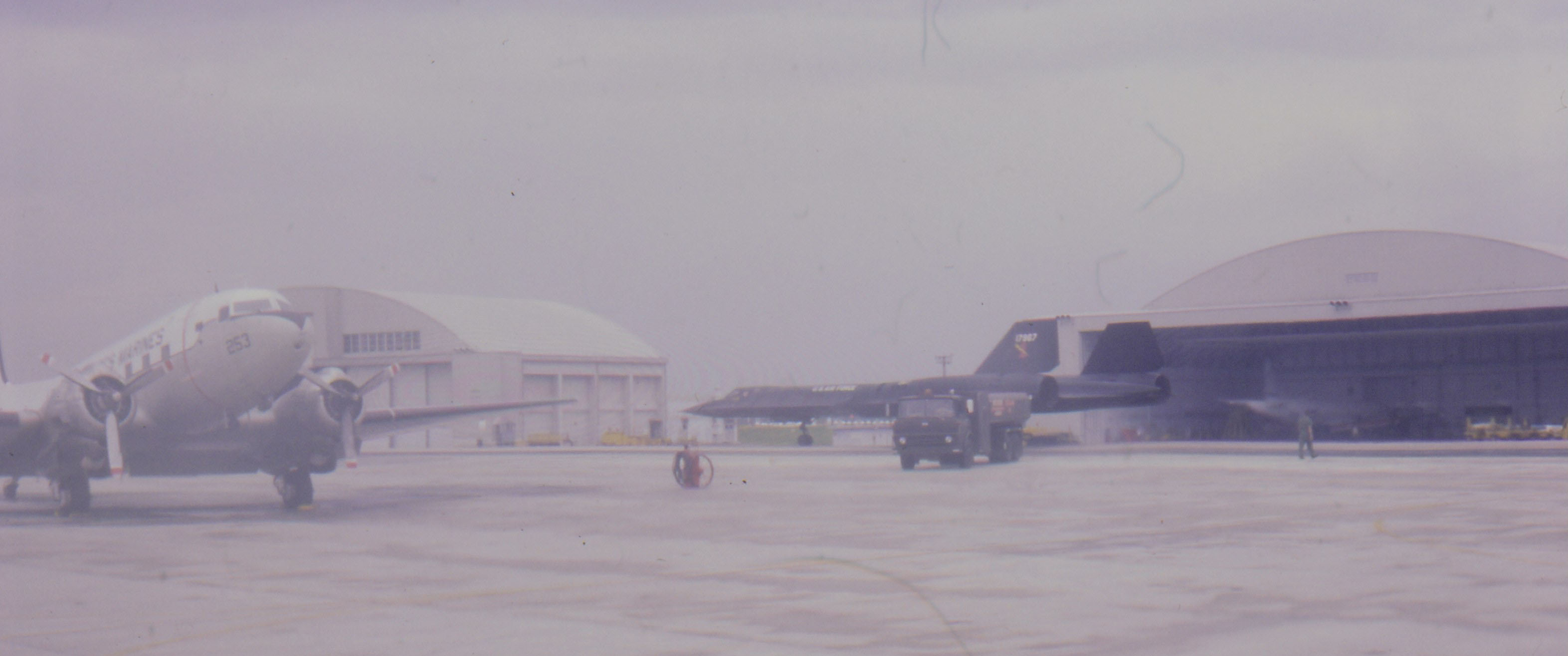 SR-71 Blackbird taxiing at Kadena AB, Okinawa